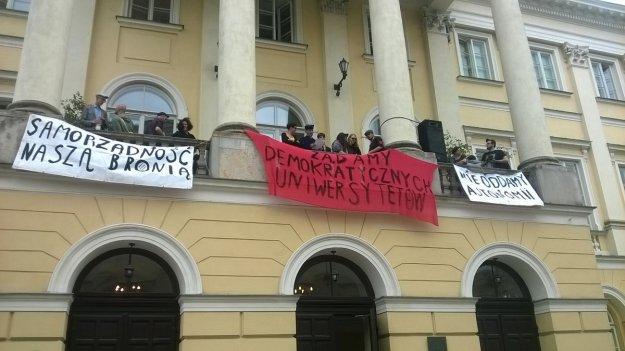 Lenkijos studentai ir darbuotojai okupuoja universitetus: Nepriklausomo Universiteto Dienos