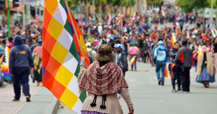 """Bolivijos feministė: """"Šis perversmas yra rasizmo, patriarchato, Bažnyčios ir verslo pergalė"""""""