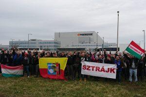 Laiminčios profsąjungos su autoritarizmu flirtuojančioje Vengrijoje