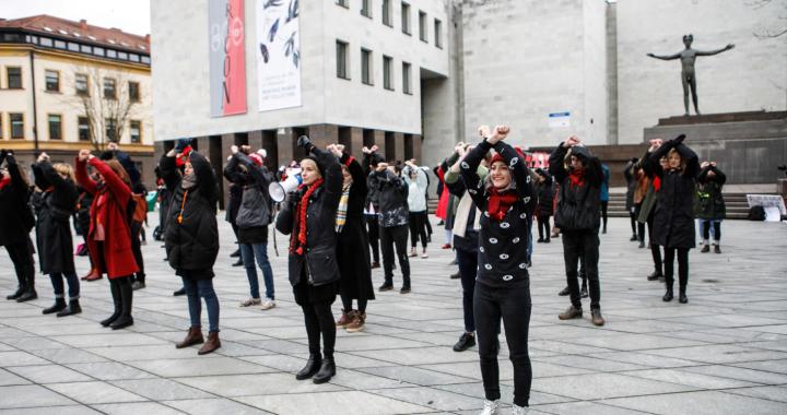 """""""Solidarumas – mūsų ginklas"""": kalba iš Moterų solidarumo dienos eitynių"""